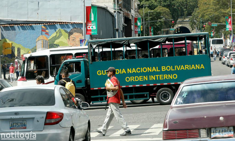 Militarizadas las principales vías hacia el centro de Caracas